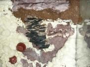 Felülnézet, a pala lemezek közeit a szokásos vasoxidos cementtel festettük, és nagyszemű homokkal szórtuk meg